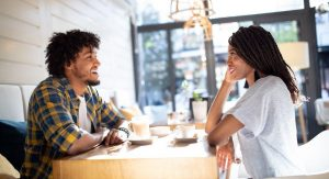 5 Ways to Be Fully Present on a Date